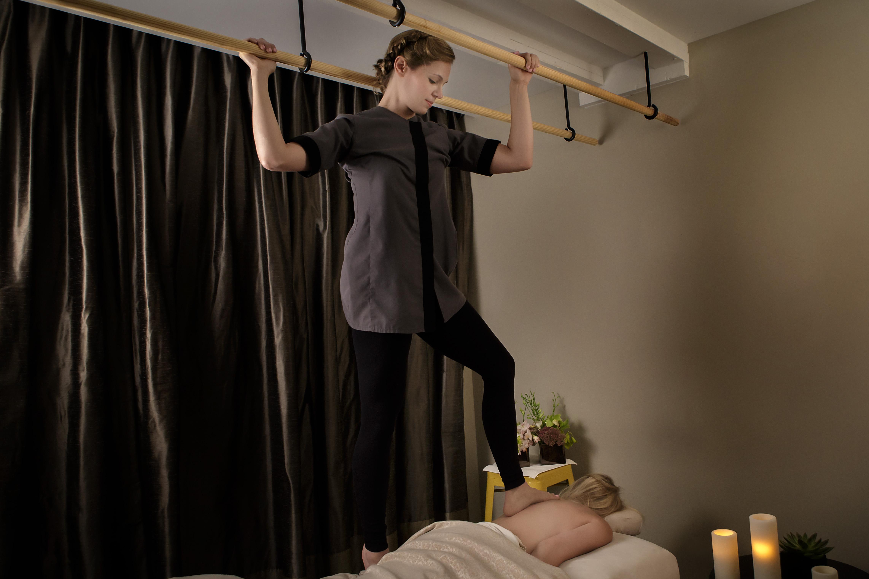 Photo:Ashiatsu Treatment at Waldorf Astoria Spa