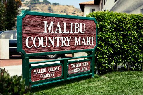 "Image via Malibu Country Mart/<a href=""https://www.facebook.com/MalibuCountryMart/photos/a.10150601640385721.668774.160842045720/10150725303855721/?type=3&amp;theater"">Facebook</a>"