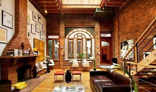 """Kate Moss' old NYC apartment. Photo via <a href=""""http://curbed.com/archives/2014/04/04/kate-mosss-90s-nyc-apartment-asks-19000month.php"""">Curbed</a>."""