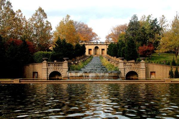 "Meridian Hill Park, image via <a href=""http://www.yelp.com/biz_photos/meridian-hill-park-washington-3?select=aTsrT47RloJq6mXFc3U9ew#aTsrT47RloJq6mXFc3U9ew"">Yelp</a>"