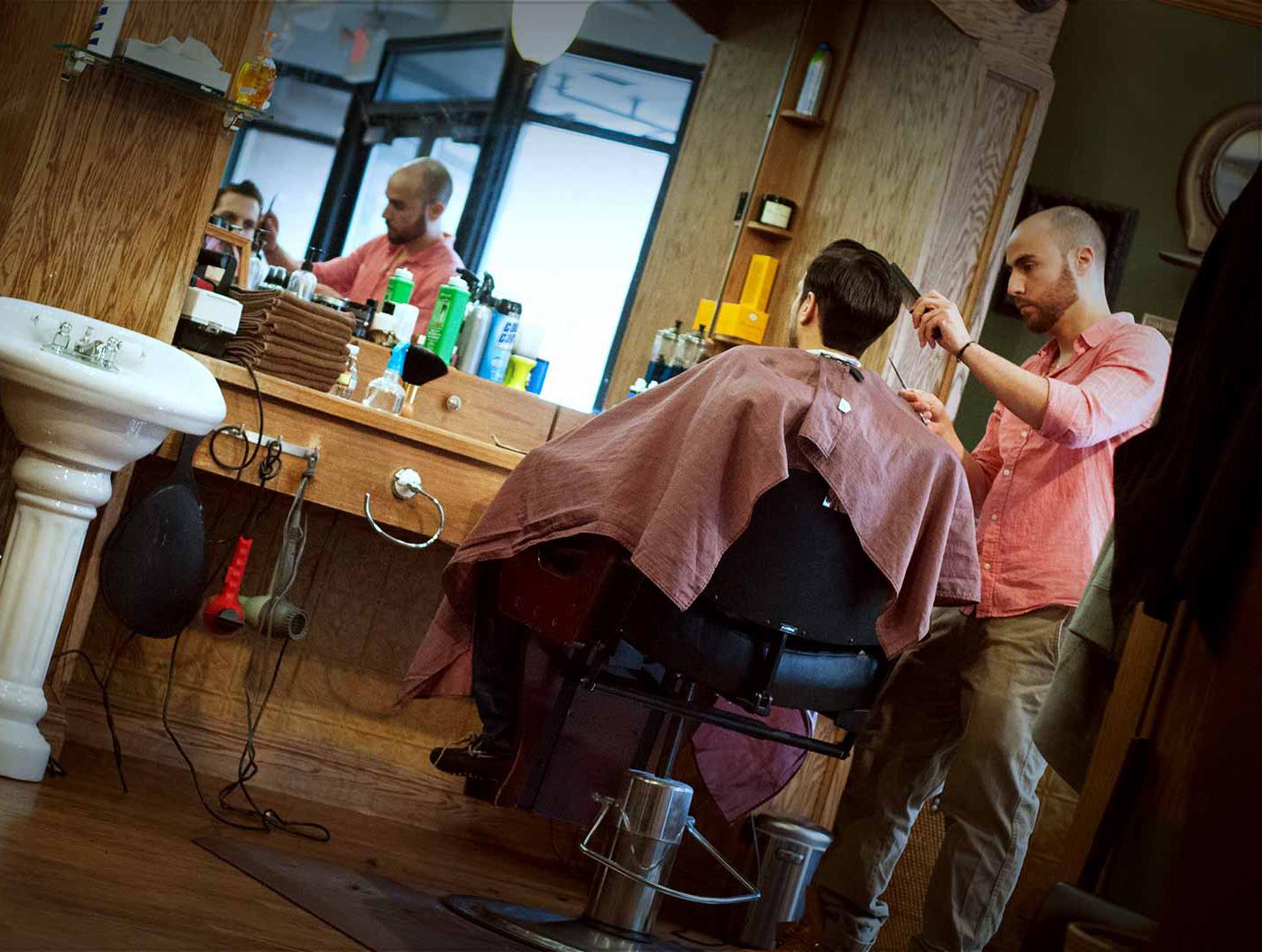 """Tweed Barbers <a href=""""http://tweedbarbers.com/gallery/"""">via</a>"""