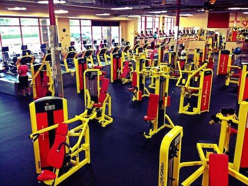 "A Retro Fitness gym in Kensington, MD; Photo via <a href=""http://www.yelp.com/biz/retro-fitness-kensington"">Yelp</a>"