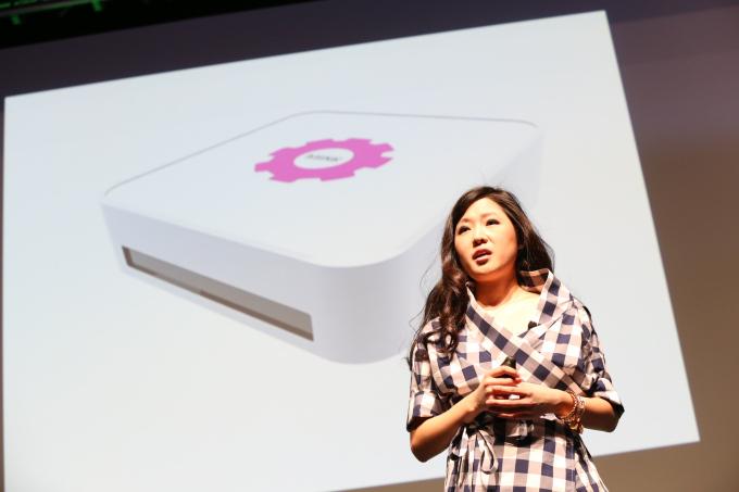"""Photo via <a href=""""http://techcrunch.com/2014/05/05/mink-is-a-3d-printer-for-makeup/"""">TechCrunch</a>"""