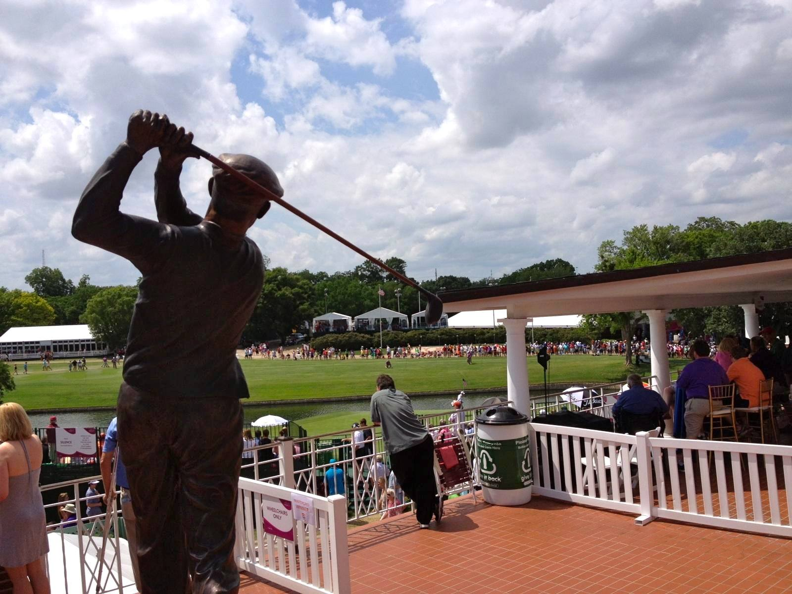 A statue of Ben Hogan presides over Colonial Country Club. Image via Crowne Plaza Invitational/Facebook