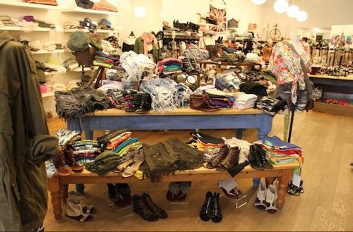 "Image via <a href=""http://samplesally.com/apparel/tipster-lf-stores-in-soho-hosting-an-end-of-season-sale/"">Sample Sally</a>"