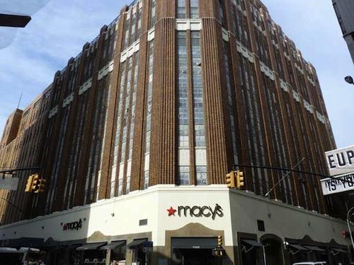 "Image via <a href=""http://forgotten-ny.com/2012/03/downtown-brooklyn/"">Forgotten New York</a>"