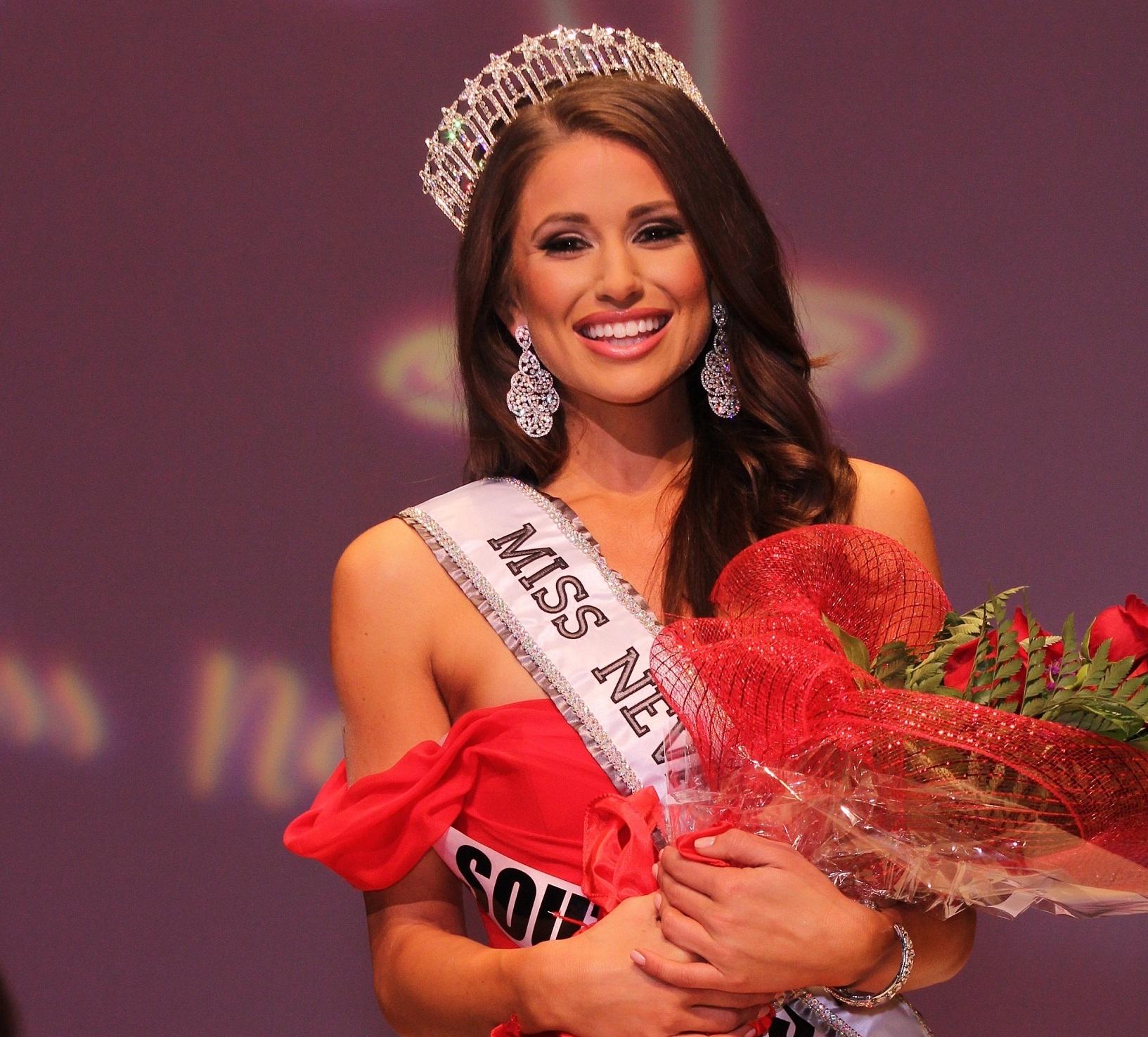 Miss Nevada USA Nia Sanchez
