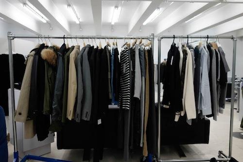 "Photo<a href=""http://samplesally.com/apparel/preview-aloha-rag-clearance-sale/"">via</a>"