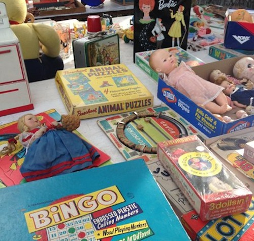 """Image courtesy of City Wide Market via <a href=""""http://www.southflorida.com/sf-go-retro-rodeo-antique-fair-121313-20131212,0,4935710.story?track=rss"""">southflorida.com</a>"""