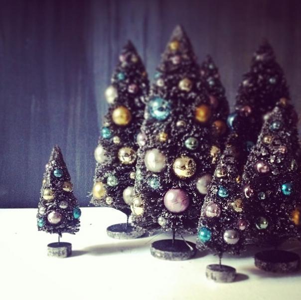 "Mini trees via <a href=""http://instagram.com/p/hUOLSXhnZ9/"">Patch NYC</a>/Instagram"
