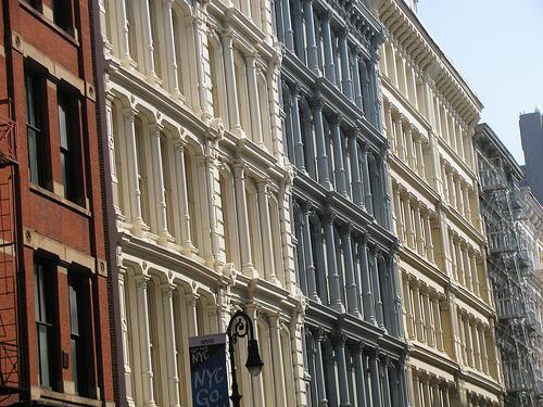 "Greene Street. Photo via <a href=""http://www.flickr.com/photos/edenpictures/7652793392/sizes/m/in/photolist-cEfyRE-cEfFYE-cEfBZb-cEfEmy-cEfLFW-cEfWtY-cEfwbf-cEfKZS-cEfXDU-cEfPEh-cEfDHj-cEfTto-cEfRJC-cEfNXE-cEfVTf-cEfSmL-cEfFoU-cEfWZC-cEfUJy-cEfQxL-c"