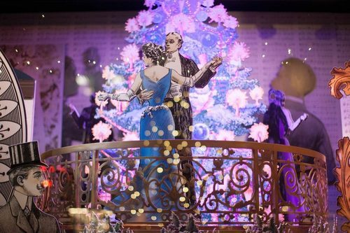 """<a href=""""http://ny.racked.com/archives/2012/11/21/bergdorf_windows.php#50ad11f3f92ea1031a001891"""">Lord &amp; Taylor's holiday windows. Photo by </a><a href=""""http://rebeccadalephotography.com"""">Rebecca Dale</a>"""