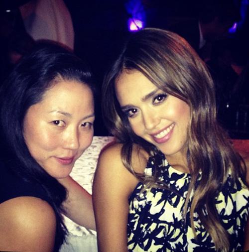 "Jessica Alba and Kenzo's Carol Lim. Image via @jessicaalba/<a href=""http://instagram.com/p/gHup3KMukN/"">Instagram</a>"