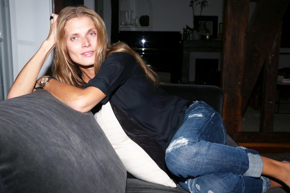 """Photo via <a href=""""http://intothegloss.com/2013/10/malgosia-bela-model/"""">Into the Gloss</a>."""