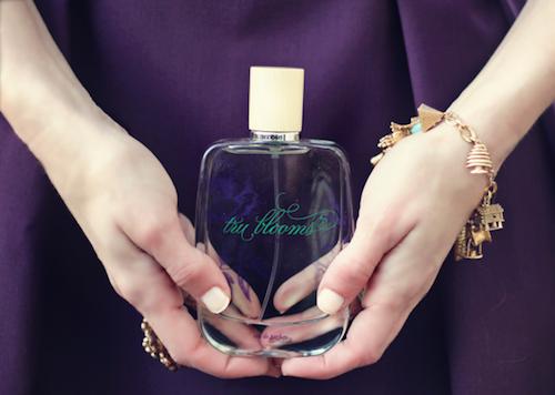 "Image via <a href=""http://www.bubbyandbean.com/2012/11/fresh-fragrance-perfume-produced-from.html"">Bubby and Bean</a>"