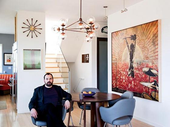 """Image via <a href=""""http://www.7x7.com/style-design/noise-pops-co-founder-jazzes-his-eclectic-bernal-heights-home#/0"""">7x7</a>"""