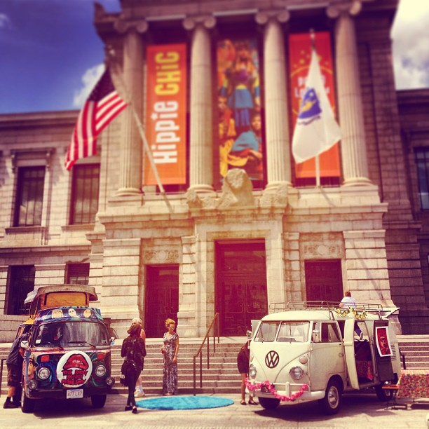 """VW buses welcoming visitors via <a href=""""https://www.facebook.com/photo.php?fbid=10151570800992321&amp;set=a.157948467320.125412.28314922320&amp;type=1&amp;theater"""">Museum of Fine Arts</a>/Facebook"""