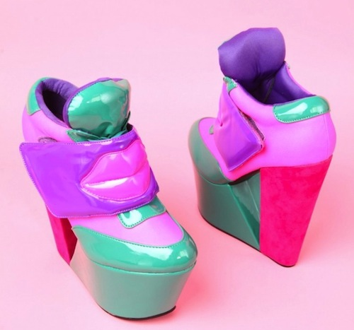 "Image via <a href=""""></a><a href=""http://www.shopakira.com/products/kiss-me-in-green-pink.html"">Akira</a>"