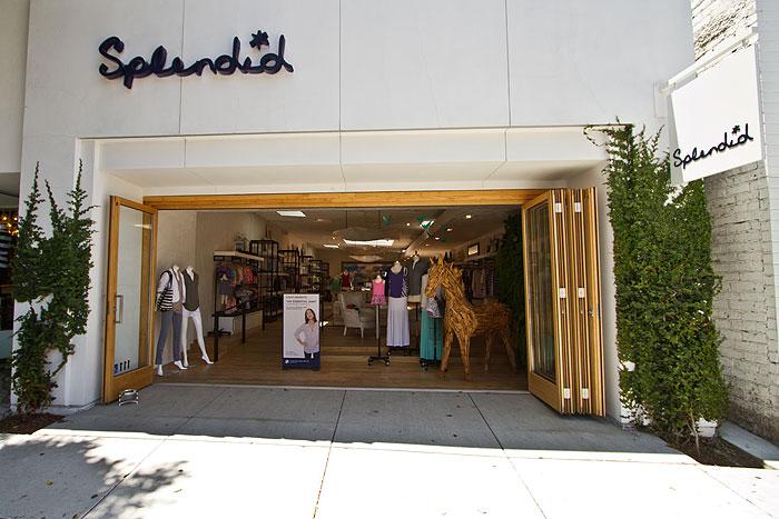 "The Splendid on Robertson Blvd in LA <a href=""http://www.robertsonboulevard-shop.com/Stores/Splendid.html"">via</a>"