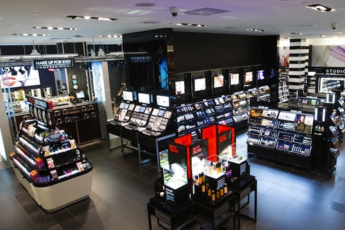 """Inside a Sephora in Montreal. Image via <a href=""""http://www.wwd.com/beauty-industry-news/retailing/beauty-chains-aim-for-dominance-6051003/slideshow/6051060#/slideshow/article/6051003/6051060"""">WWD</a>"""