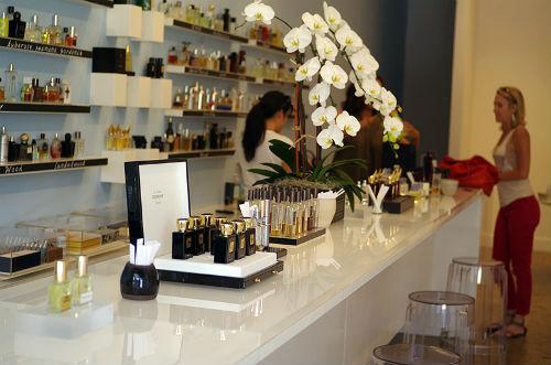 "Photo via <a href=""http://www.laimyours.com/18607/a-peek-inside-the-new-scentbar/"">LA, I'm Yours</a>"