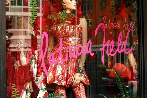 """Image via <a href=""""http://thevoguelicious.blogspot.com/2011/12/patricia-field.html"""">TheVoguelicious</a>"""