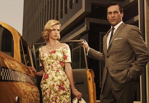 """A sneak peek behind the scenes of Mad Men Season 5 by <a href=""""http://www.celebritysmackblog.com/2012/03/08/mad-men-season-5-premiere-2-hours/"""">Celeb Smack</a>"""