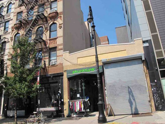 """Image via <a href=""""http://www.boweryboogie.com/2011/08/coming-soon-the-hoodie-shop-at-181-orchard/"""">Bowery Boogie</a>"""