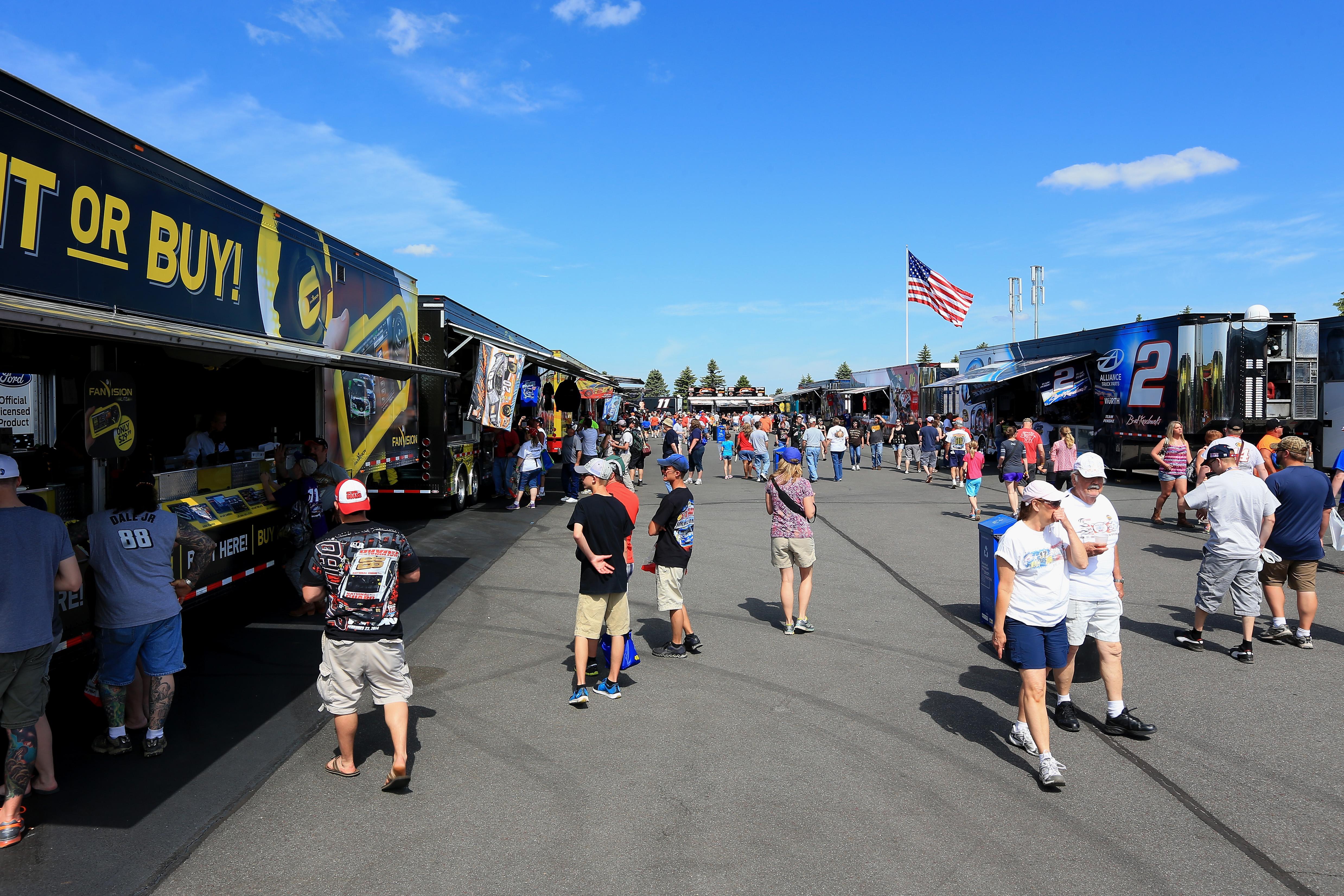 NASCAR restructures track-side shopping, eliminates souvenir haulers