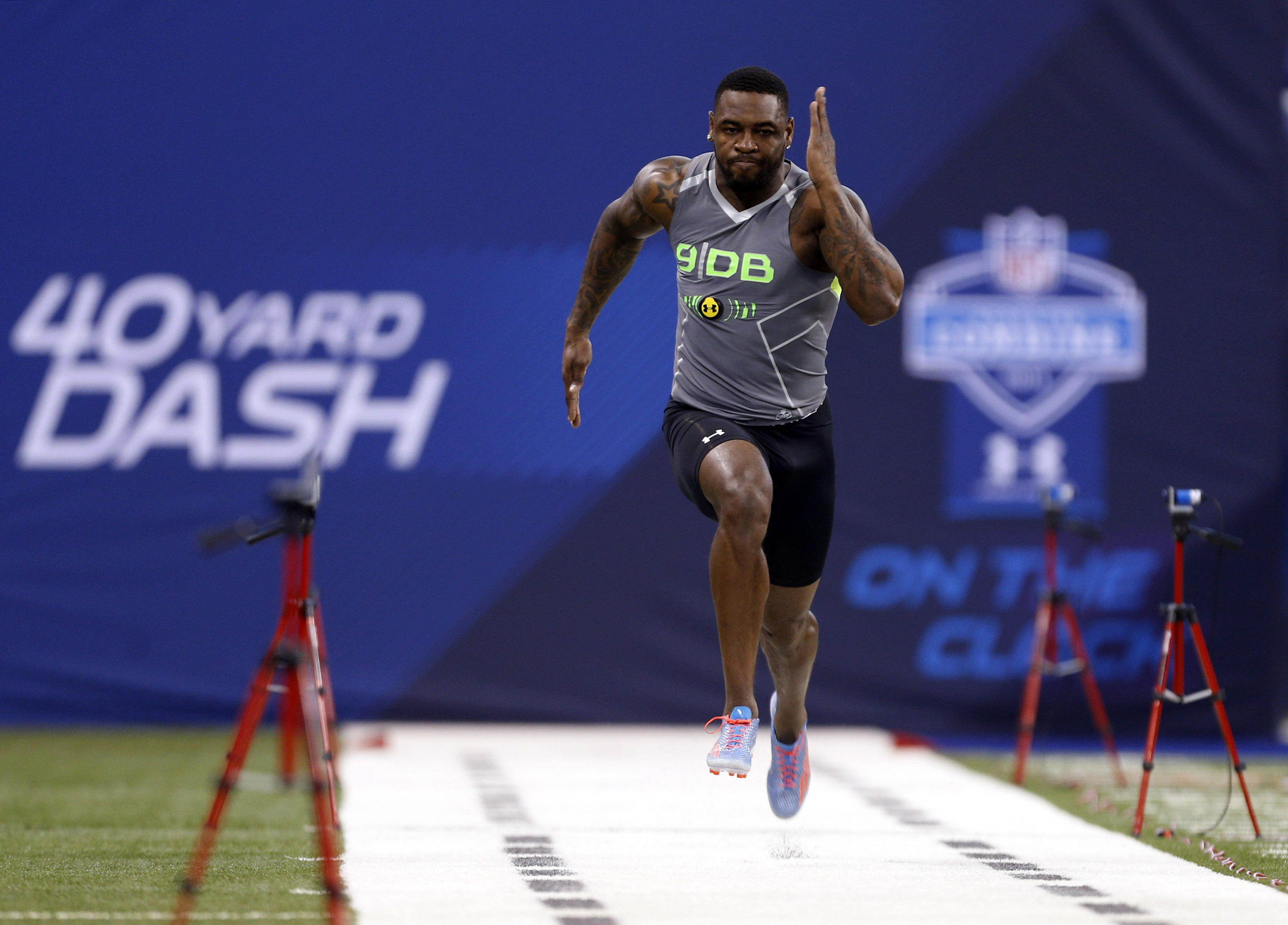 The fastest guys at the NFL Draft Combine will get Porsches