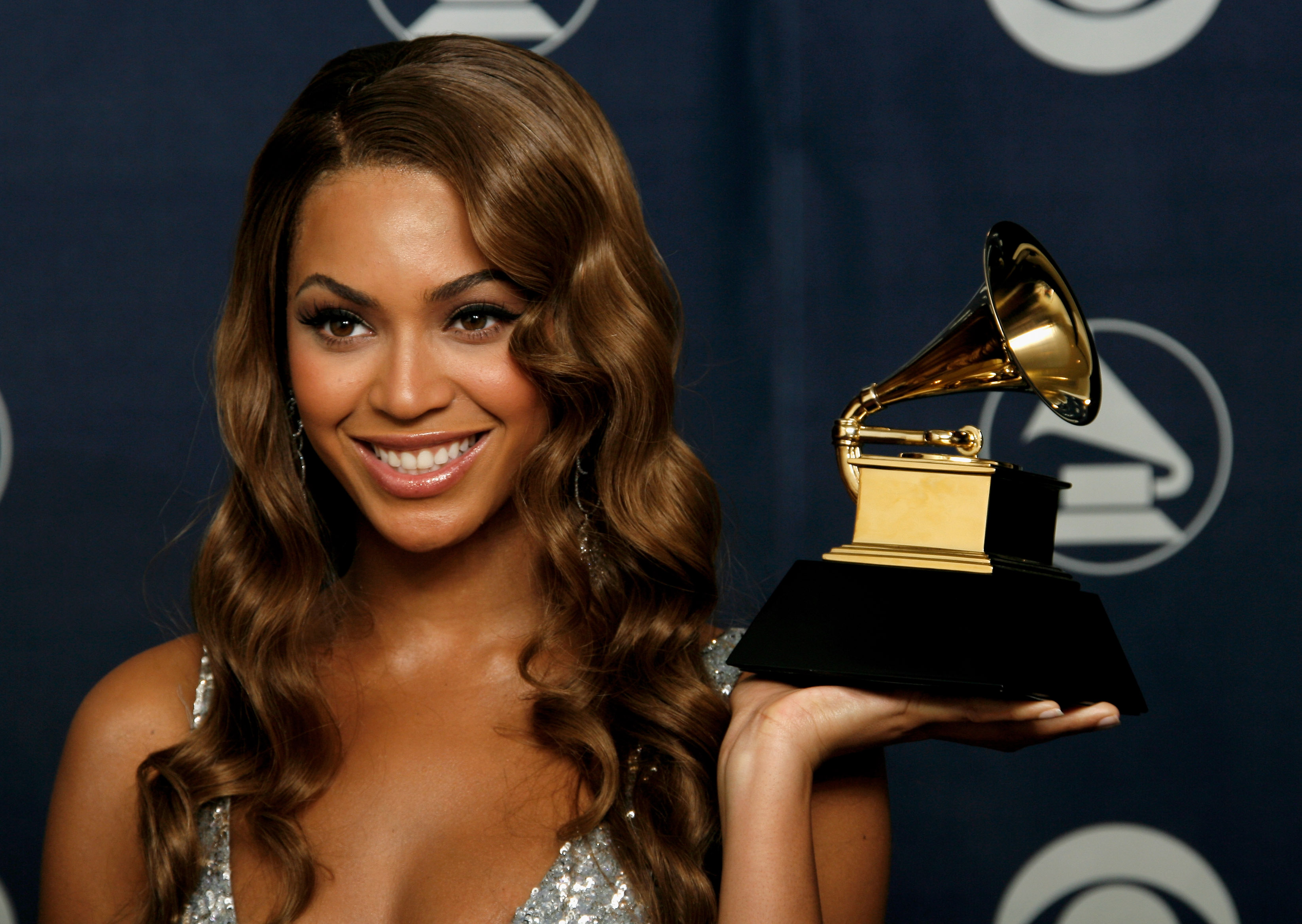 Beyoncé holds the award for Best Contemporary R&B Album in 2007. That award no longer exists.