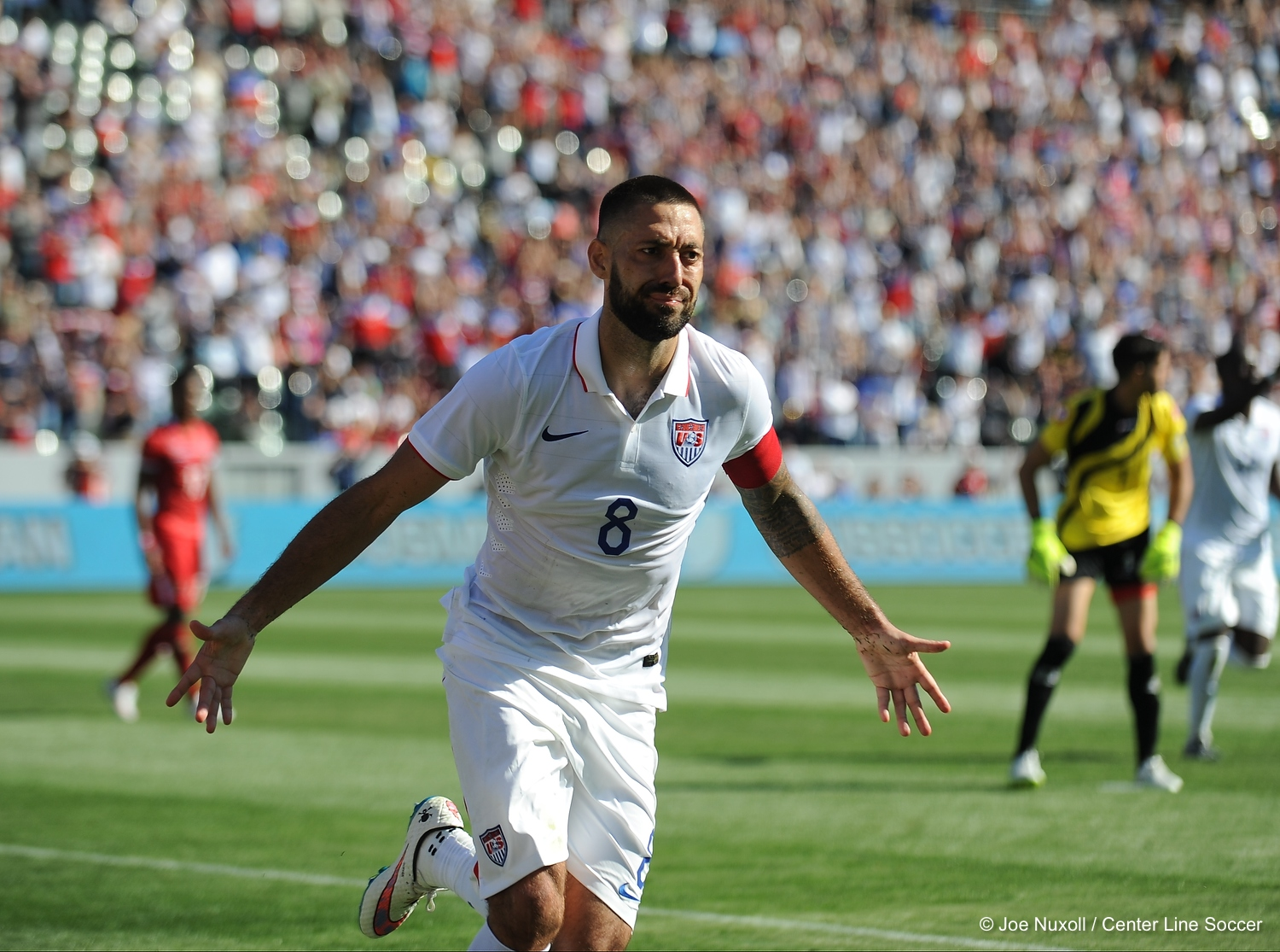 Clint Dempsey scores the second goal in the USMNT 2-0 win over visiting Panama.