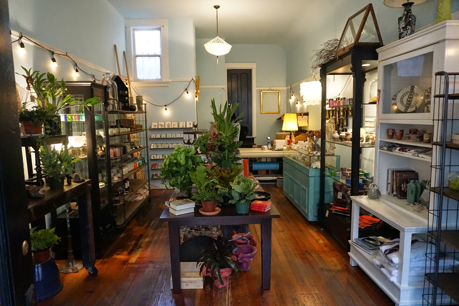 """The new Cove at 683 Haight. Photo: <a href=""""http://hoodline.com/2015/02/cove-reopens-today-in-former-gallery-683-space'"""">Hoodline</a>"""