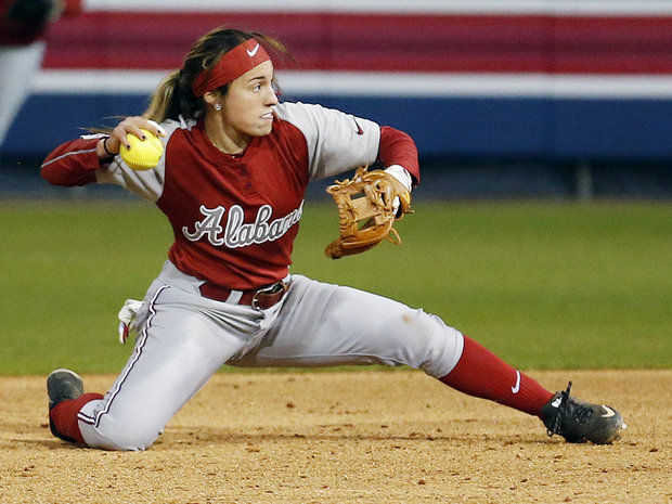 Second baseman Demi Turner makes a defensive stop in Friday's game versus Pacific.