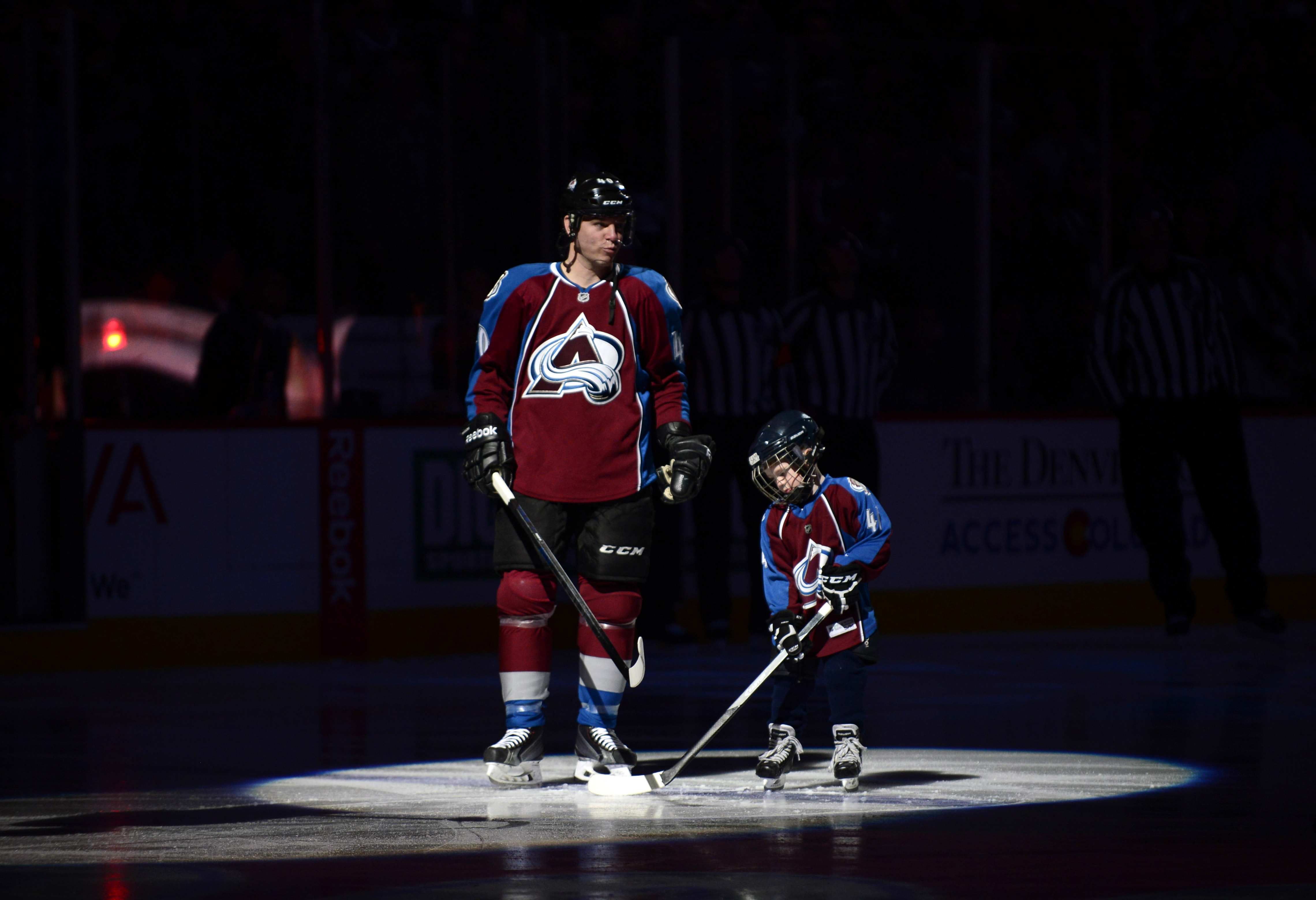 Avalanche Honor Tanguay Down Penguins 3 1