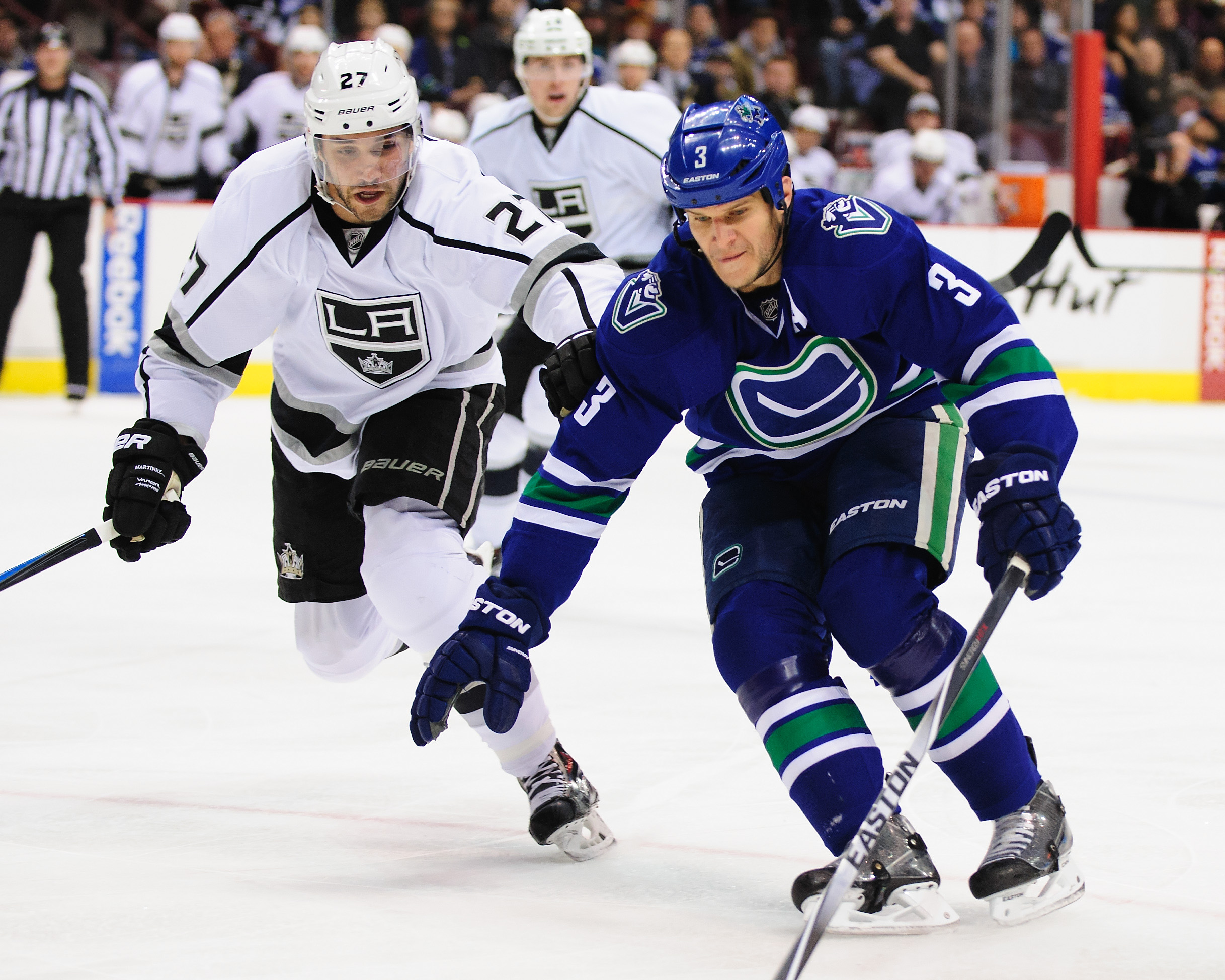 NHL schedule 2015: Kings look to continue playoff push