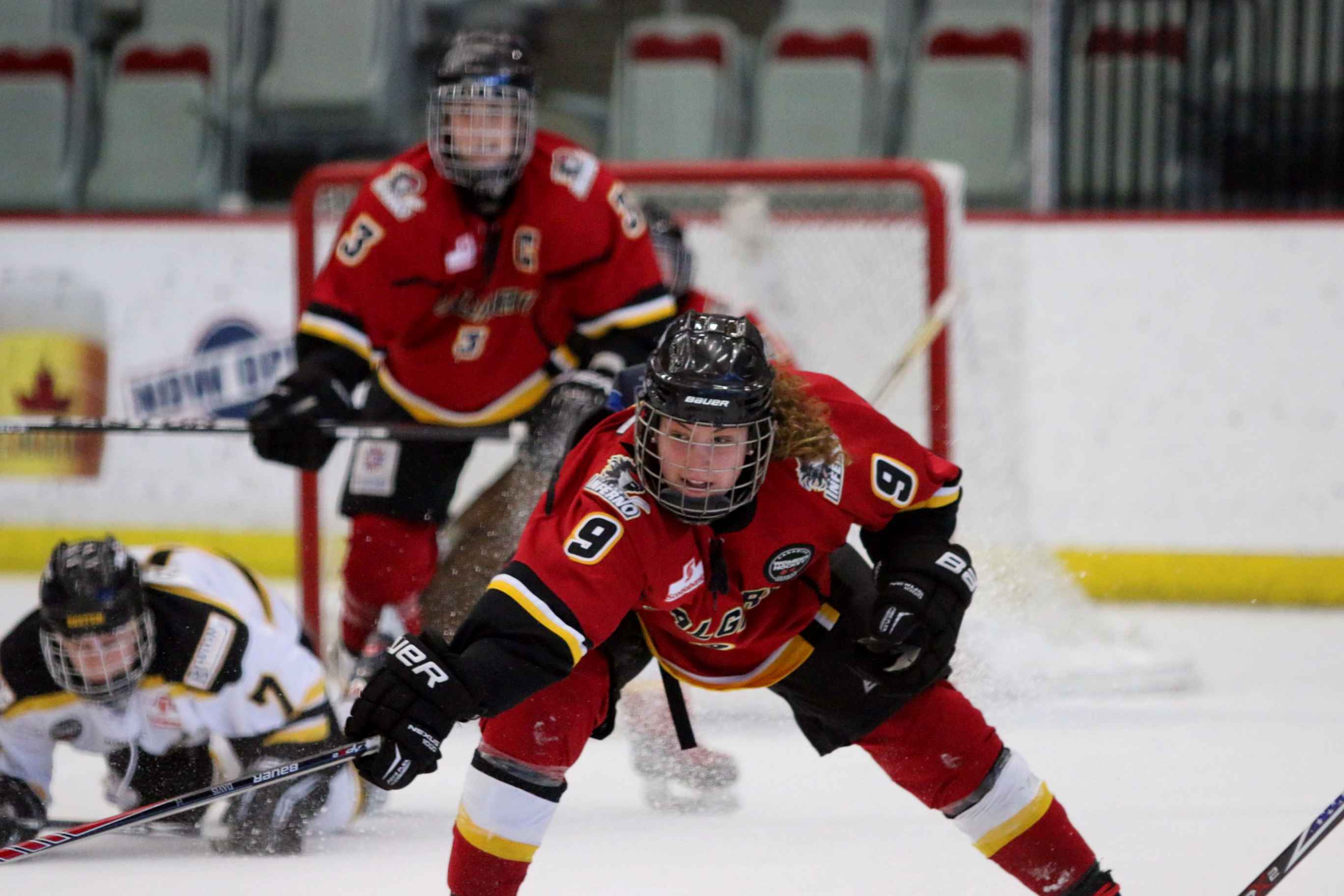 Sarah Davis makes her debut with the Canadian women's national team at the end of this month in the Women's Worlds in Malmo, Sweden.