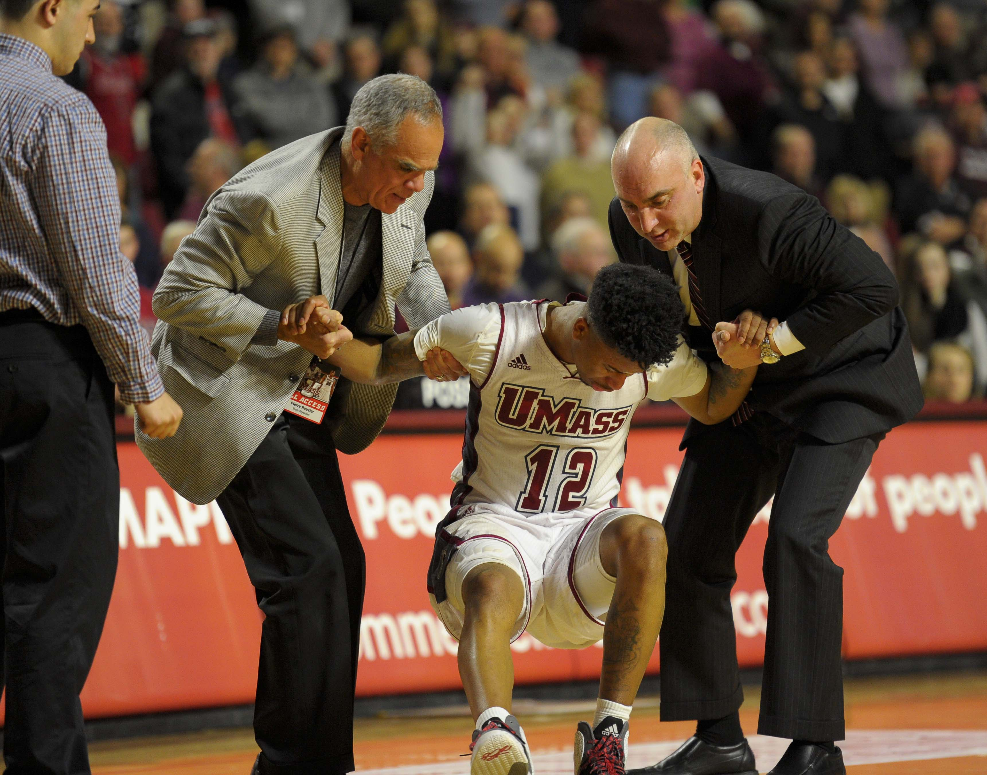 UMass will need pick themselves back up after their 2014-2015 campaign