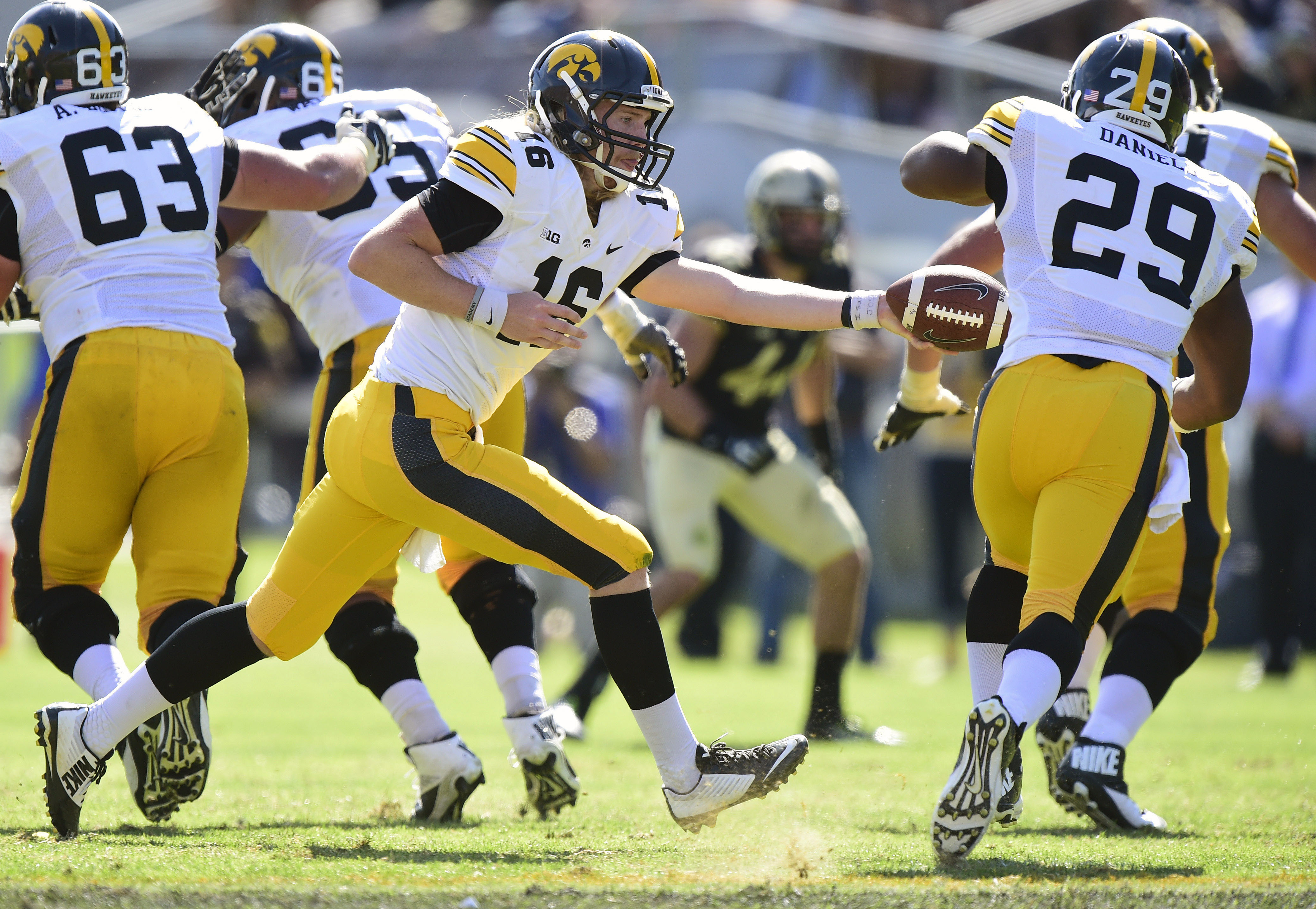 Beathard handing the ball off to Daniels -- there's a sneak peek of your 2015 Iowa offense.
