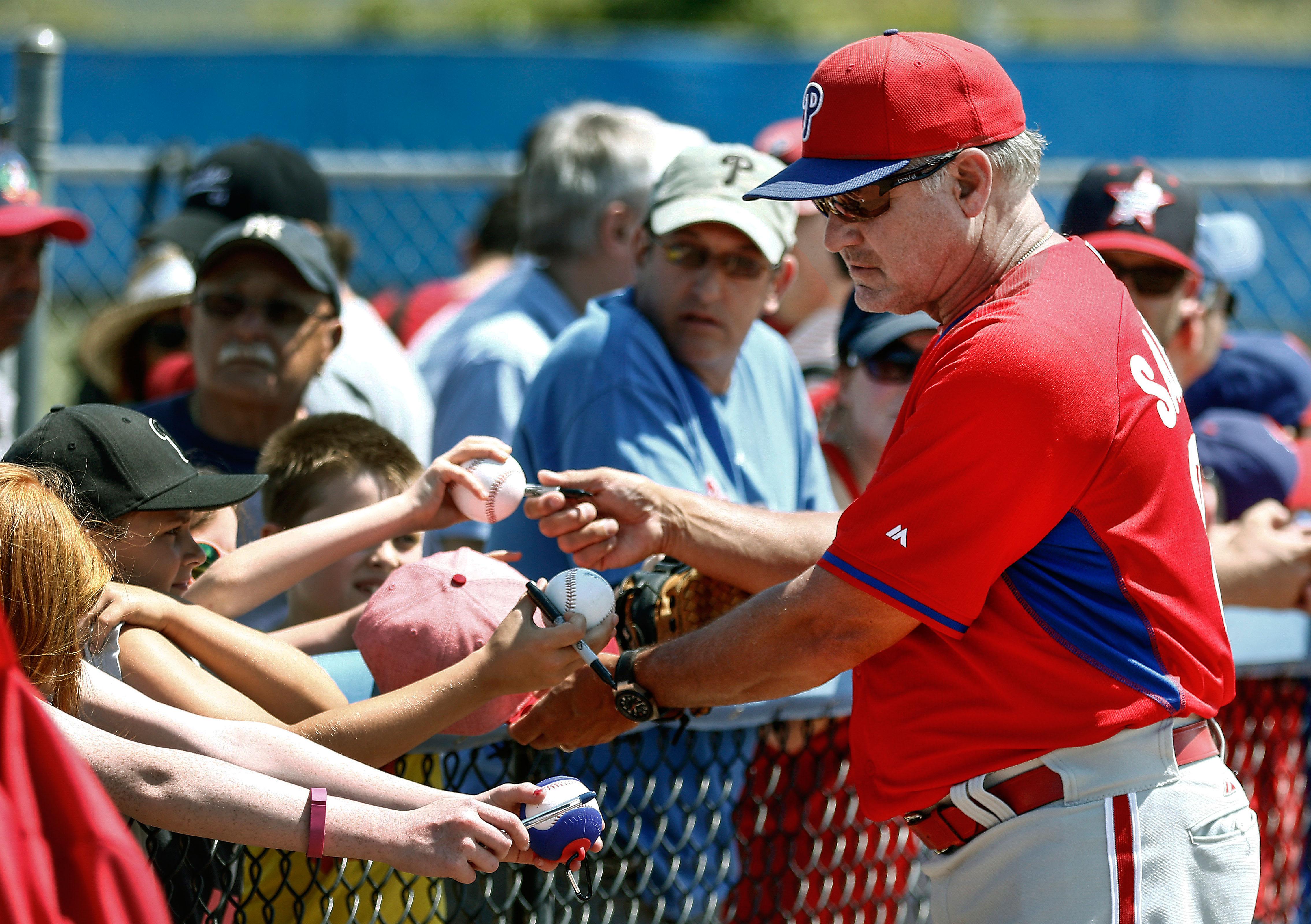 Phillies' Manager Ryne Sandberg interviews potential bullpen candidates.