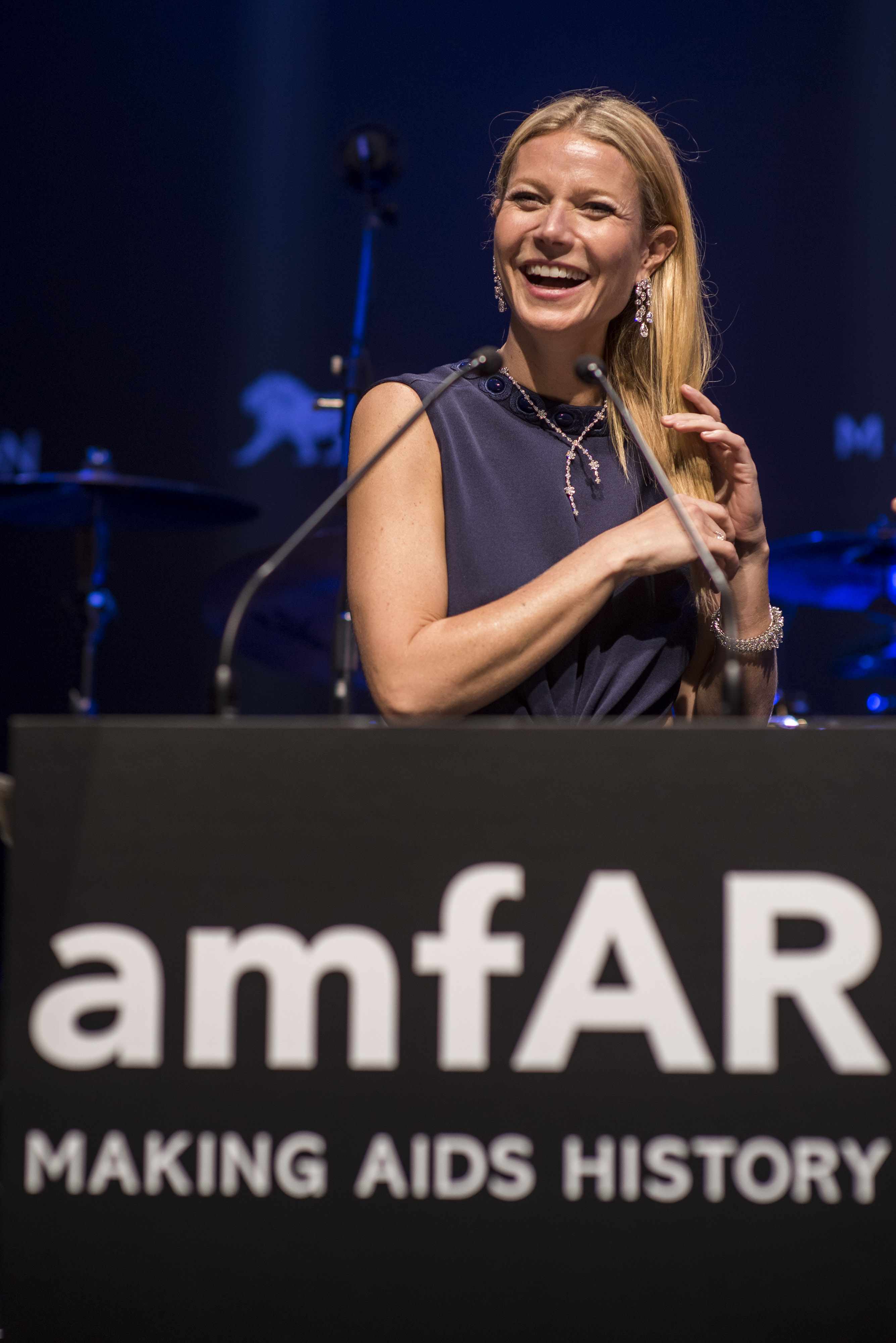 Gwyneth Paltrow Tries to Live on Food Stamps; Espresso Machines in Space