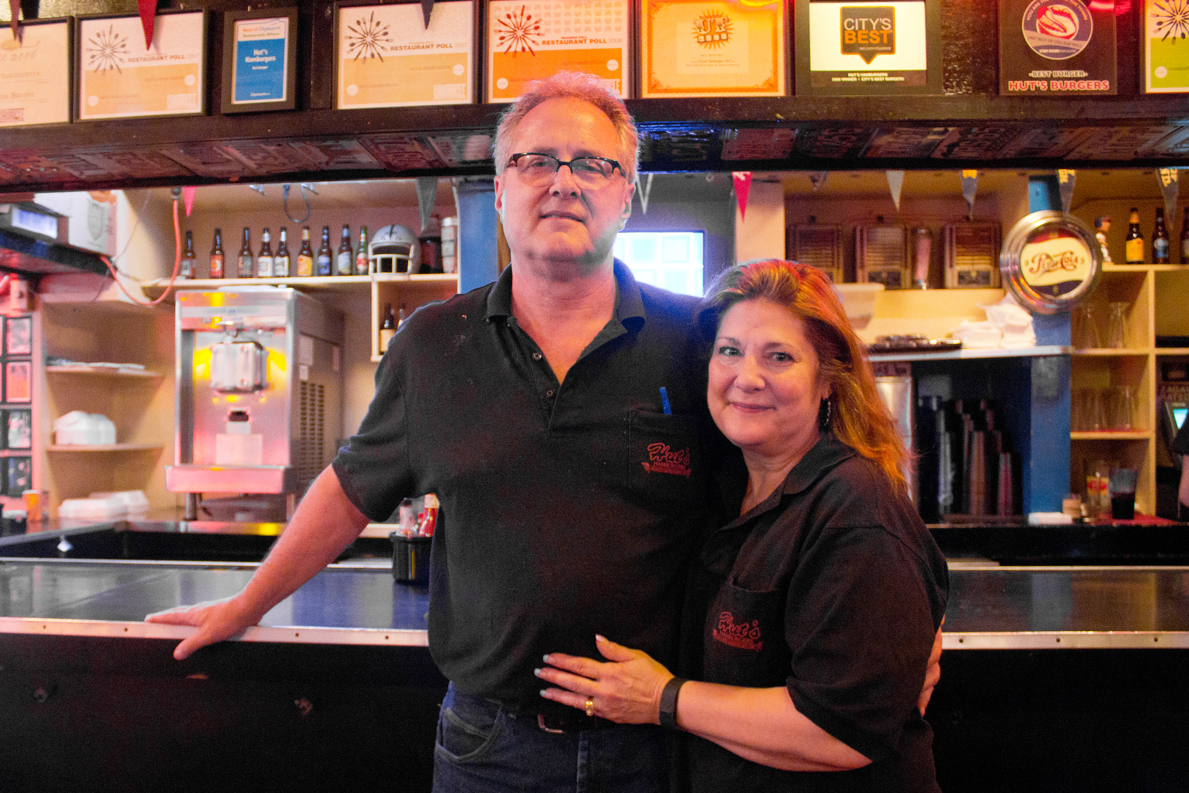 Huts Hamburgers' Mike Hutchinson with co-owner and wife Kim.