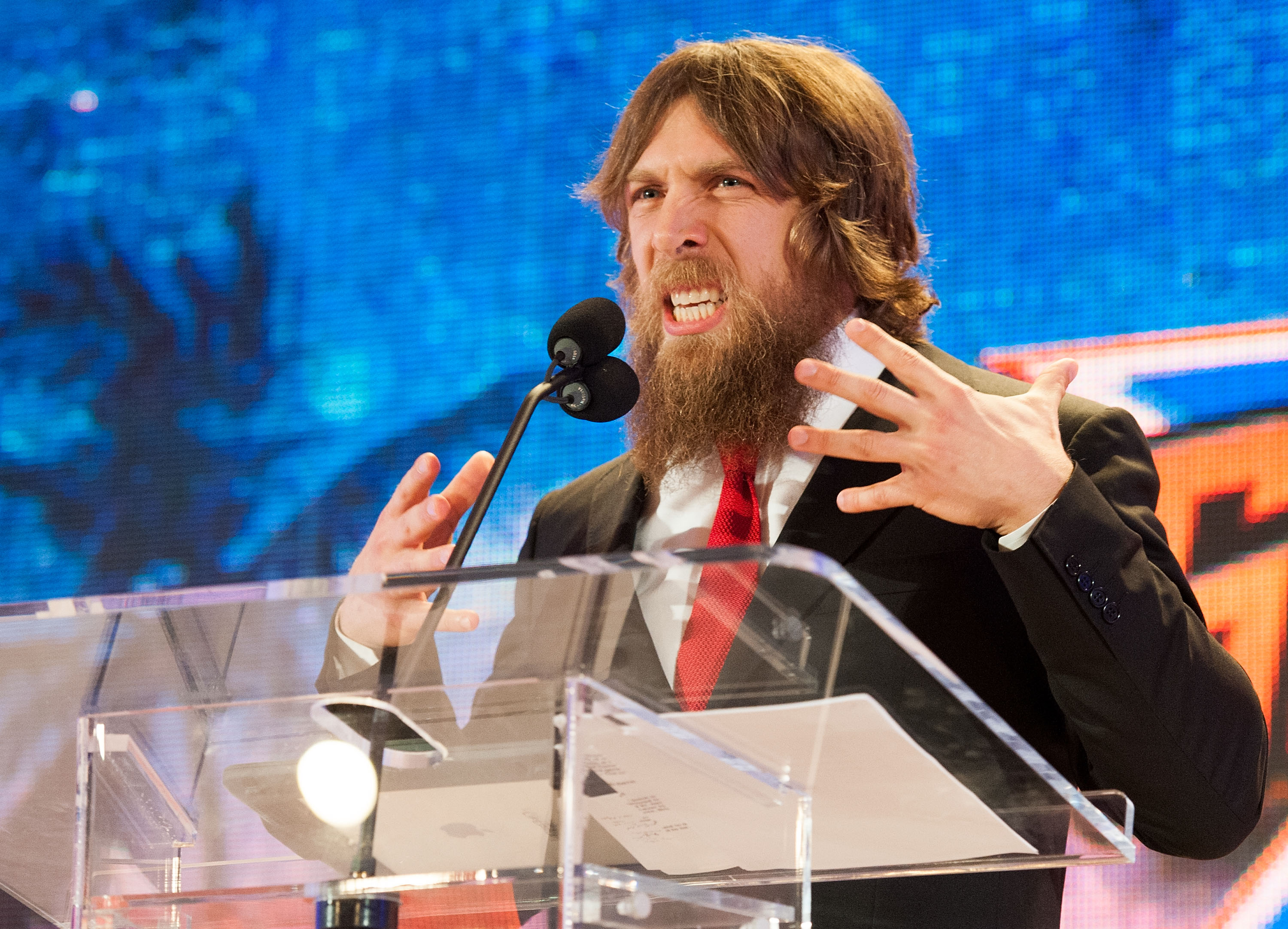 Have WWE fans been unfairly kept in the dark about the true chances of Daniel Bryan wrestling tonight?