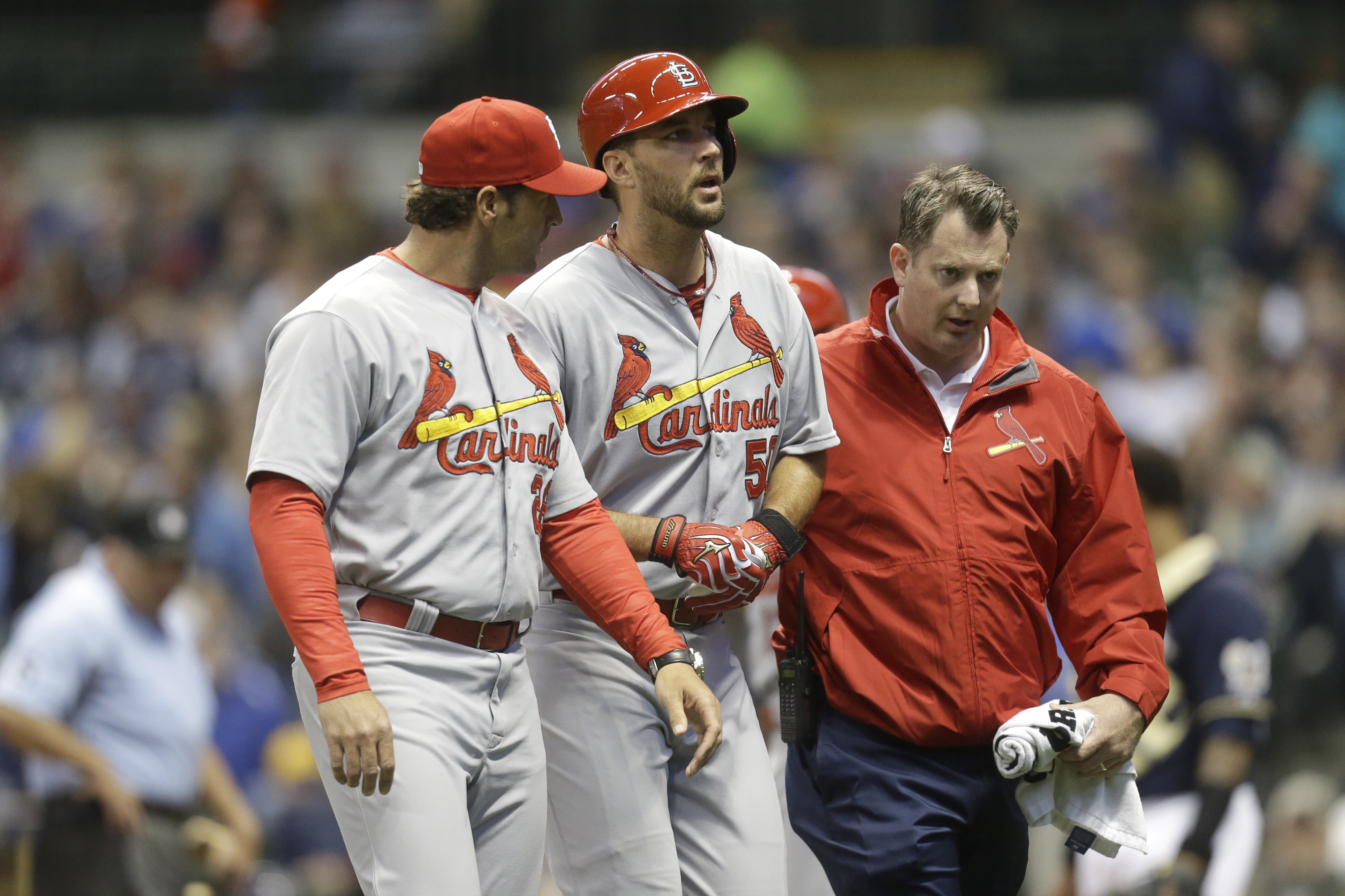 Cardinals' Adam Wainwright expected to miss season with Achilles injury