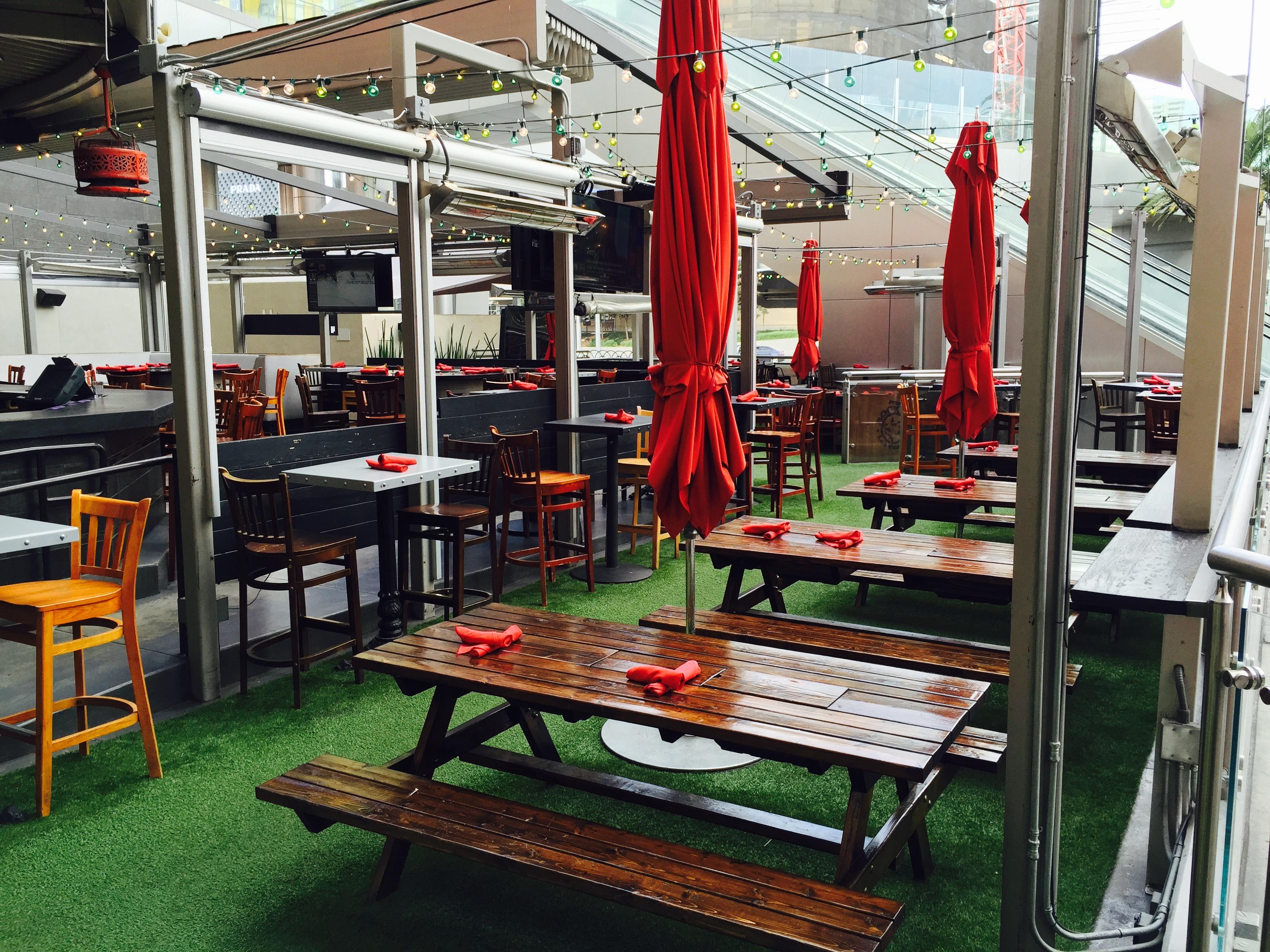 PBR Rock Bar & Grill patio