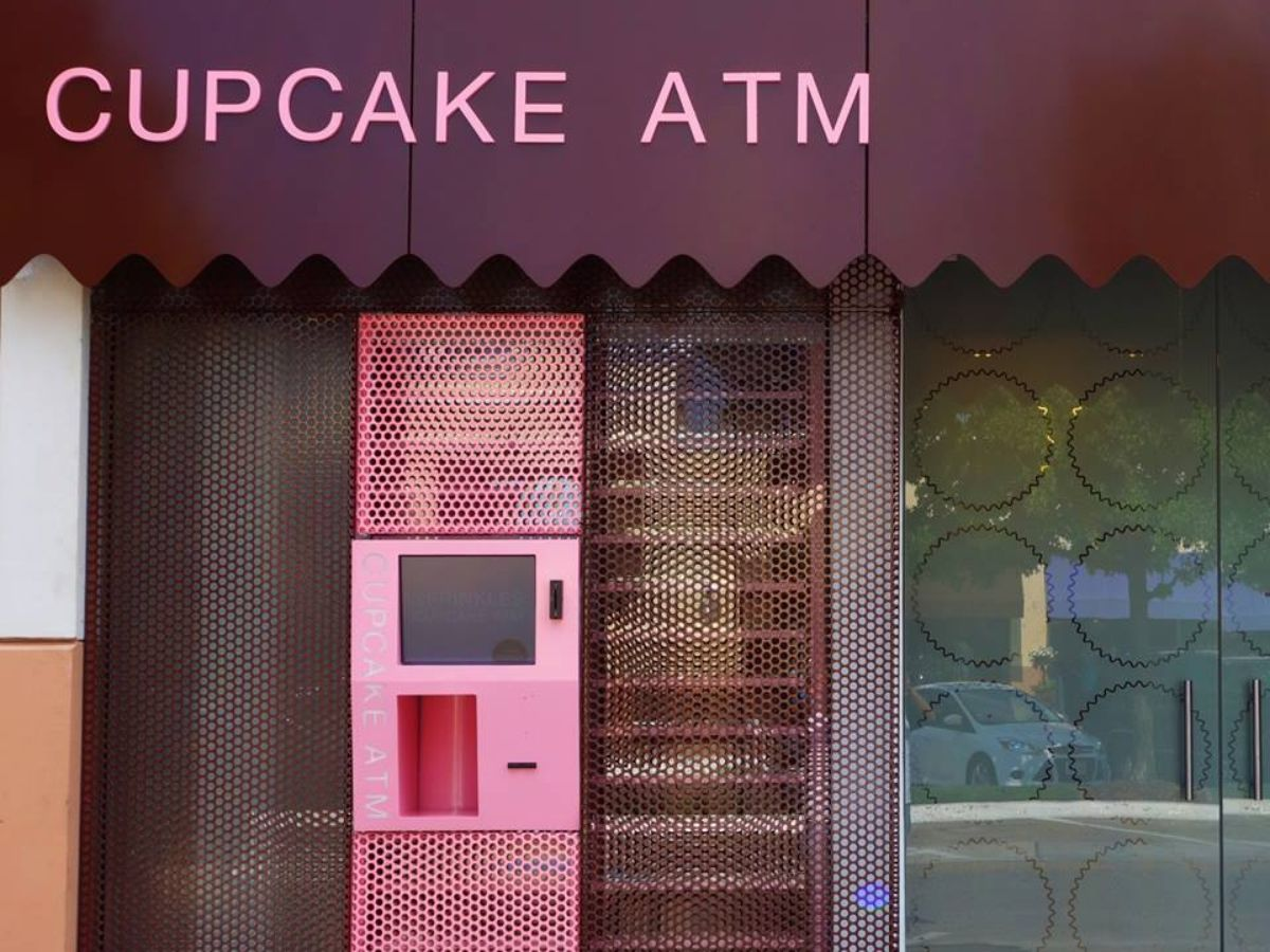 An existing cupcake ATM in Dallas.