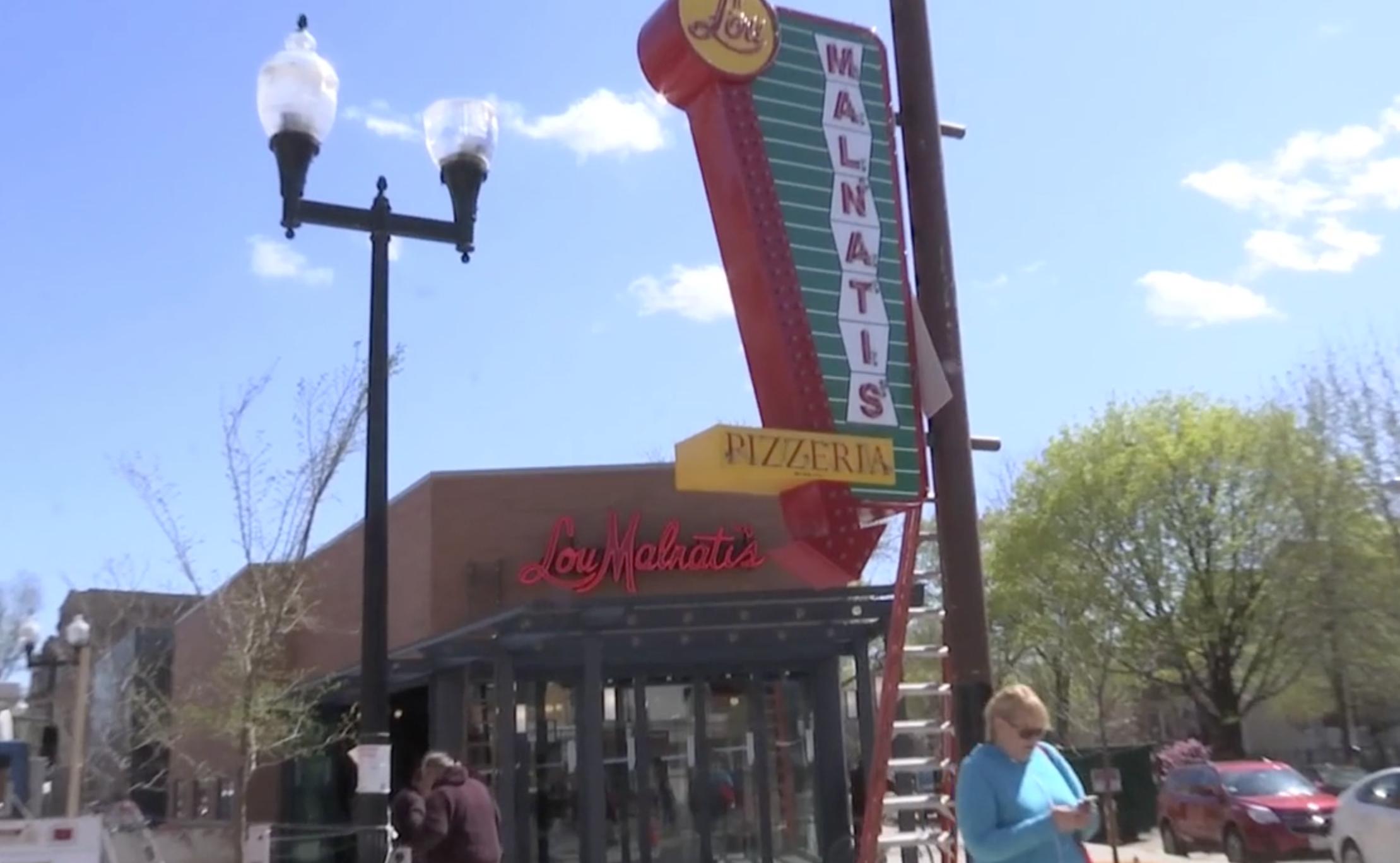 Lou Malnati's Pizzeria Lincoln Square