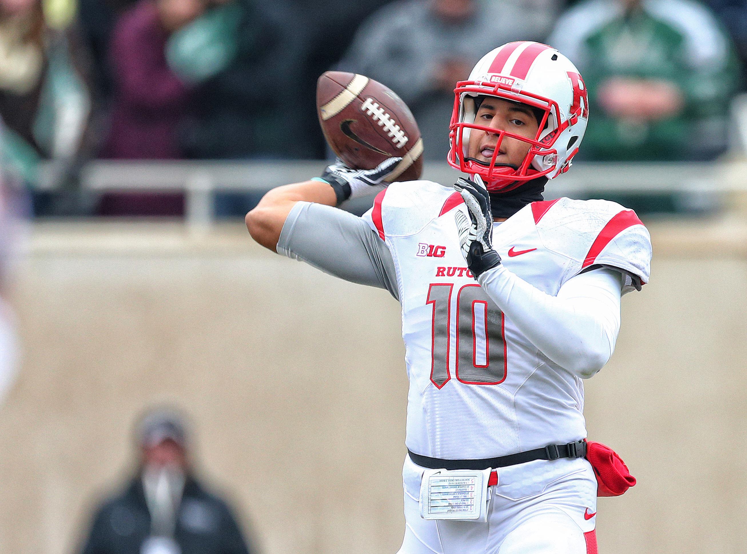 Rutgers quarterback Gary Nova