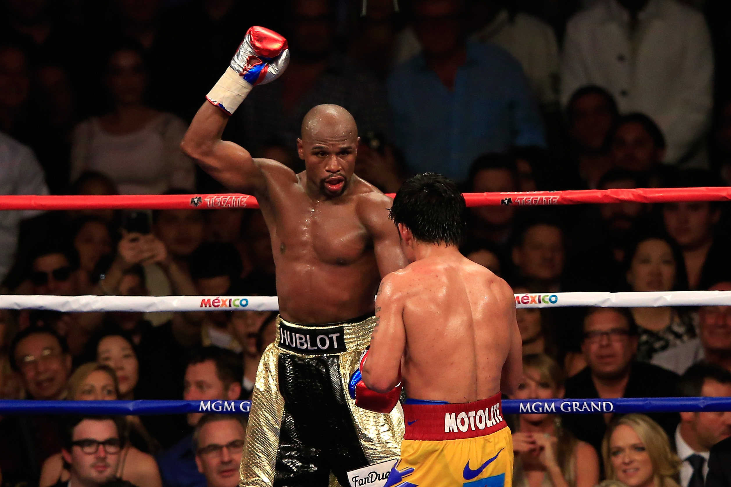 Floyd Mayweather vs Manny Pacquiao - Bad Left Hook