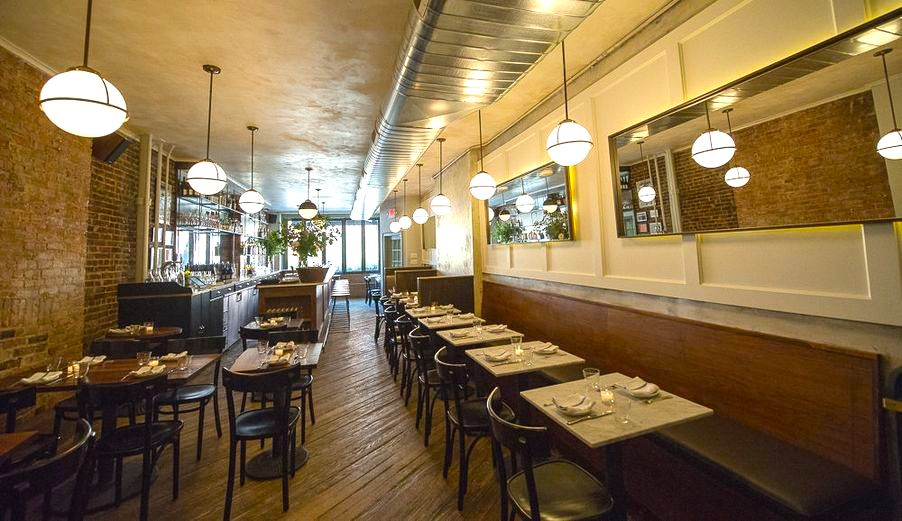 The dining room of Estela, number 90 on the list.